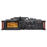 mobil DSLR hangrögzítõ 4 csatornás, XLR, +48V fantomtáp, 2x beépített mikrofonnal