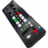 Roland Pro A/V - hordozható 3G-SDI / HDMI keverő