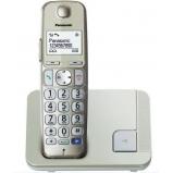 DECT telefon, nagy gombos