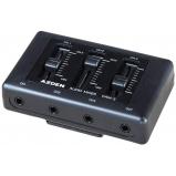 produkciós hangmixer - 3 mini-jack mikrofon bemenet, mini-jack kimenet