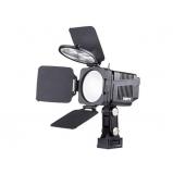 Chip Array LED kamera lámpa 1300 / 4000 lux fényerővel, Fresnel lencsével